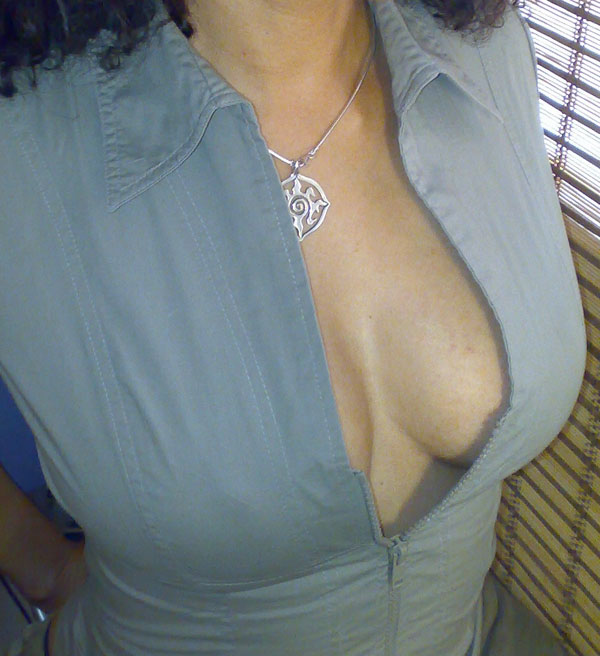 happy national cleavage day folks!